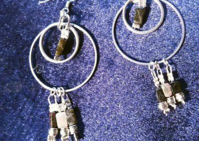 boucles d'oreilles en pierres créations bijoux atelier à Codalet