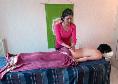 massage detente ayurveda huile chaude de sesame bio codalet prades